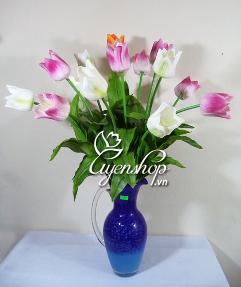 hoa tulip nhọn - hoa lụa - uyenshop