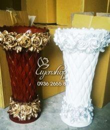 Bình composite hoa hồng