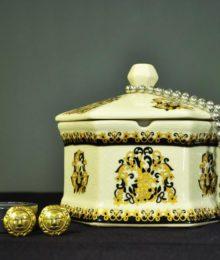 Hộp trang sức hoa văn kiểu Pháp