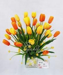 Bình hoa Tulip thủy tinh