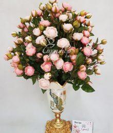 Bình hoa Hồng Trà